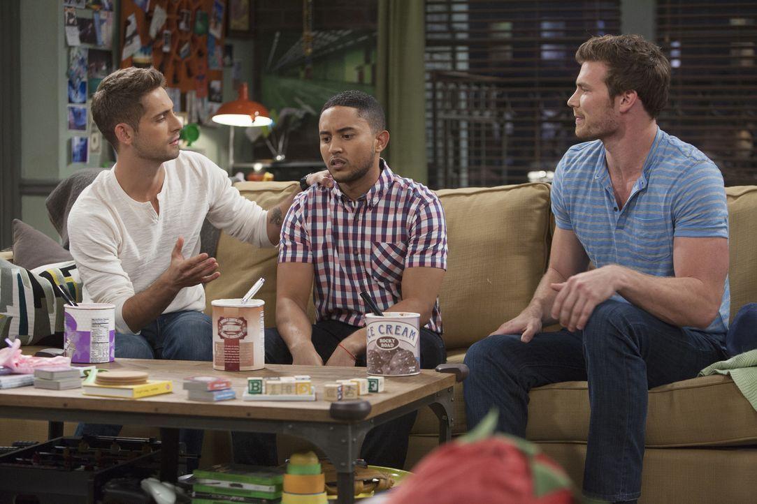 Tucker hat derzeit nicht besonders gute Laune, sodass Ben und Danny beschlie... - Bildquelle: Bruce Birmelin ABC Family