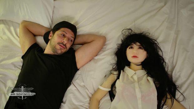 Fahri sucht das Glück - Folge 1: Tokio - Jetzt online ...