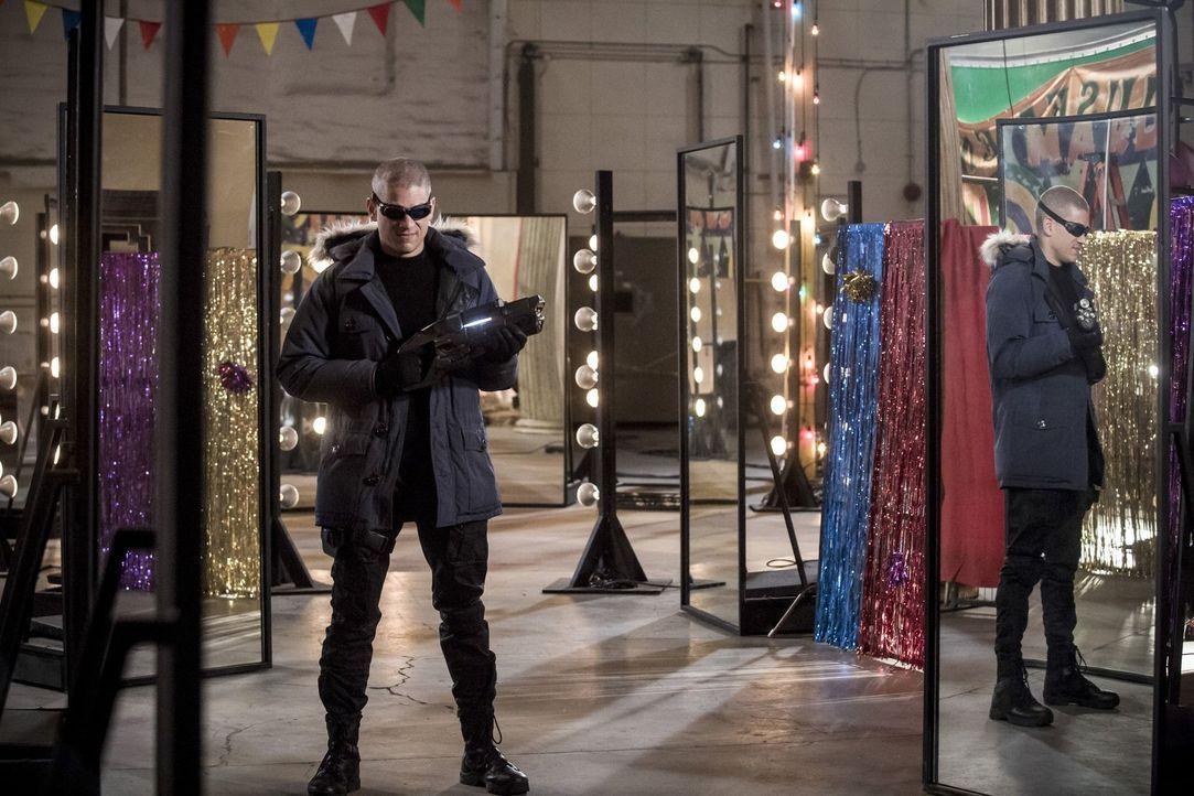 """Eigentlich ist Leonard Snart alias Captain Cold (Wentworth Miller) seit Jahren """"verschwunden"""". Gelingt es dem Team von Flash trotzdem ihn in Central... - Bildquelle: 2016 Warner Bros."""
