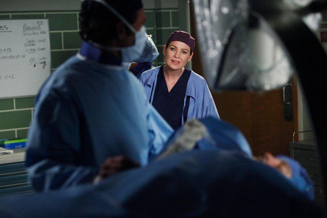 Ein harter Arbeitstag wartet auf Meredith (Ellen Pompeo, r.) und Derek (Patrick Dempsey, l.) ... - Bildquelle: ABC Studios