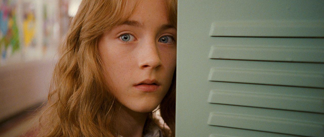 Susie Salmon (Saoirse Ronan) wurde Opfer eines Gewaltverbrechens. Doch im Himmel ist sie noch nicht gelandet. Aus einer Art Zwischenwelt beobachtet... - Bildquelle: 2009 DW Studios L.L.C. All Rights Reserved.