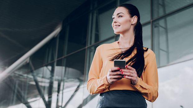 Der Sleek-Look für den Business-Casual-Auftritt – diese Langhaarfrisur eignet...