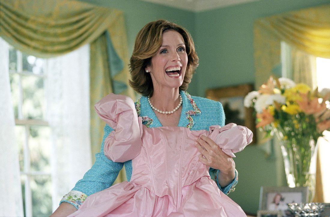 """Wird sie aus ihrer Tochter jemals ein """"richtiges"""" Mädchen machen können? Daphne (Julie Haggerty) denkt auf jeden Fall nicht daran, aufzugeben ... - Bildquelle: Kinowelt Home Entertainment"""