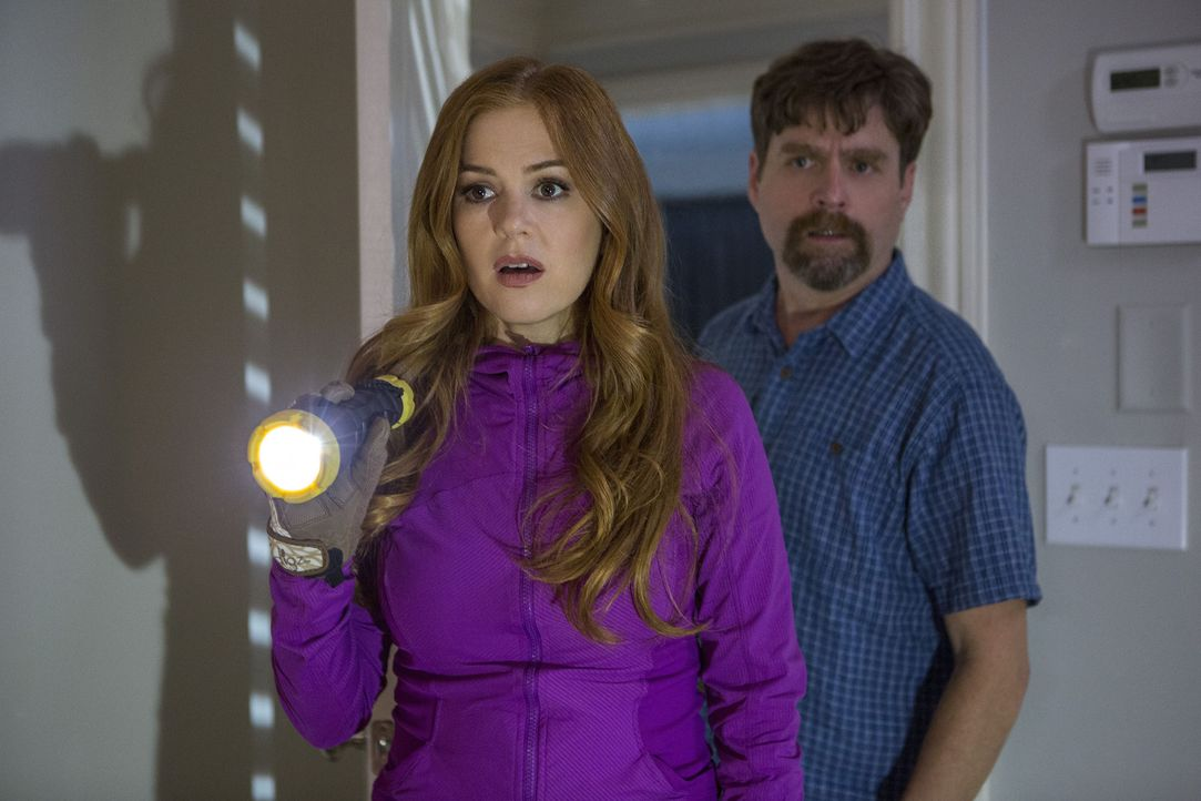 Karen Gaffney (Isla Fisher, l.); Jeff Gaffney (Zach Galifianakis, r.) - Bildquelle: Frank Masi TM &   2016 Twentieth Century Fox Film Corporation.  All Rights Reserved./Frank Masi