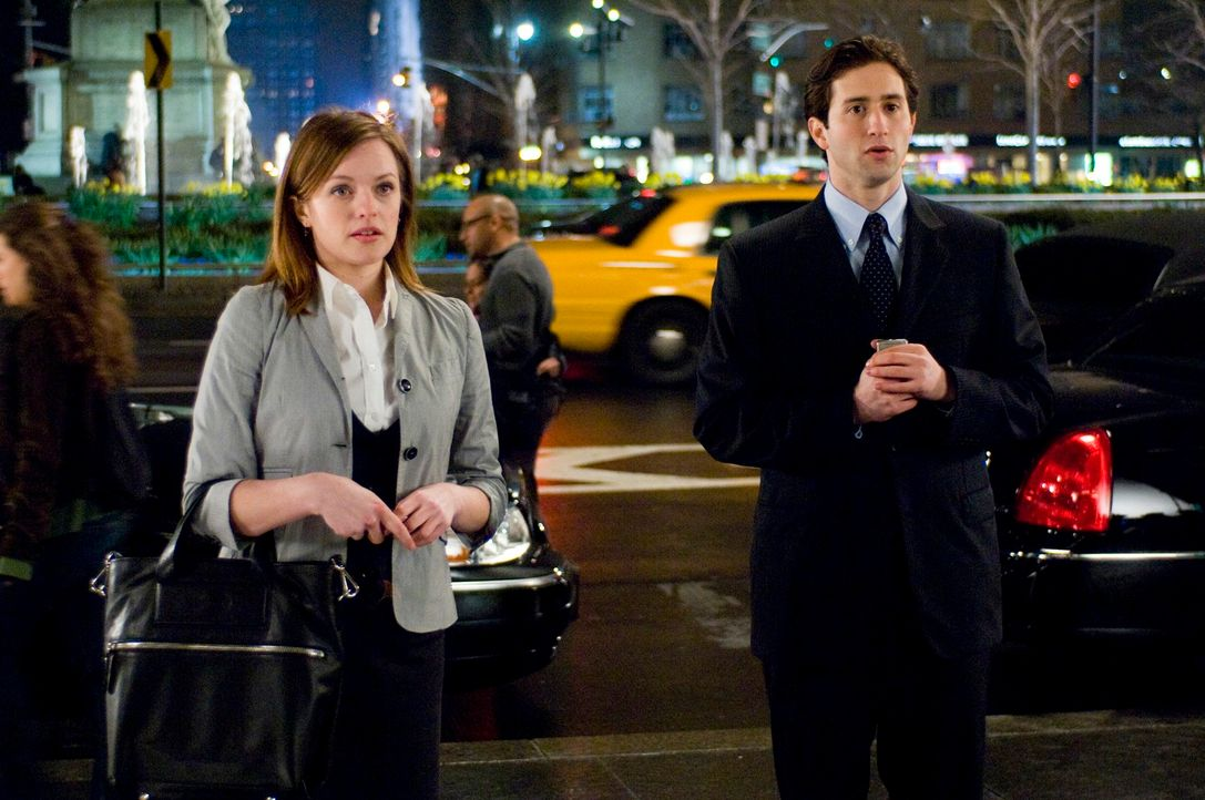 Sind von den Morgans überrascht: Jackie Drake (Elisabeth Moss, l.) und Adam Feller (Jesse Liebman, r.) ... - Bildquelle: 2009 Columbia Pictures Industries, Inc. and Beverly Blvd LLC. All Rights Reserved.