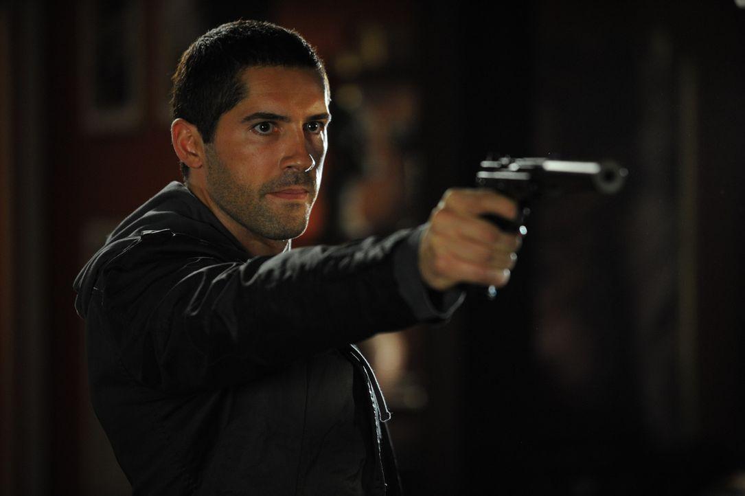 Eines Tages erhält der Geheimdienst-Profikiller Roland Flint (Scott Adkins) die einmalige Chance, sich an dem Gangster zu rächen, der seine Frau auf... - Bildquelle: 2011 Destination Films Distribution Company, Inc. All Rights Reserved.