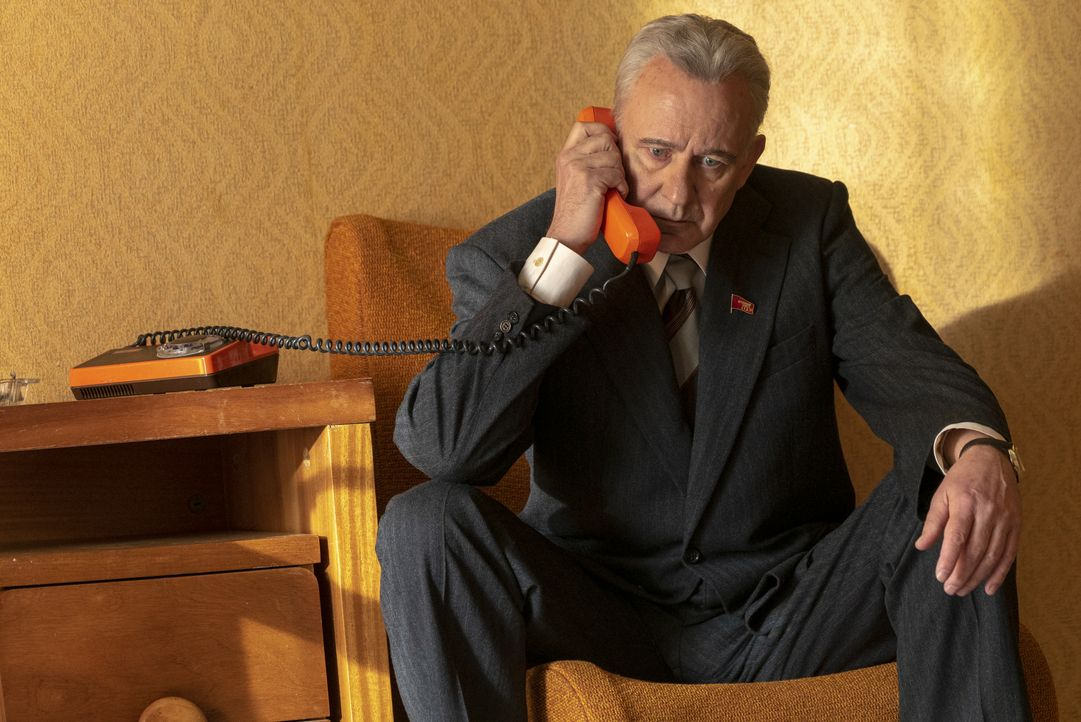 Boris Schtscherbina (Stellan Skarsgård) - Bildquelle: Liam Daniel Sky UK Ltd/HBO / Liam Daniel