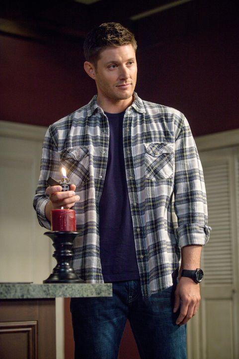 Um in einem neuen Fall voranzukommen, schleichen sich Dean (Jensen Ackles) und Sam in eine Kirchengruppe ein - mit ungeahnten Folgen ... - Bildquelle: 2013 Warner Brothers