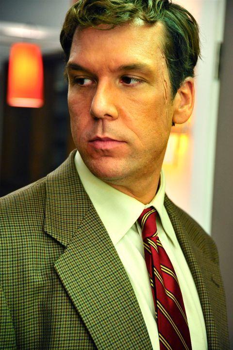 Nachsitzen kann tödlich sein - auch wenn dies Schuldirektor Karl Verge (Dane Cook) nicht glauben will ... - Bildquelle: 2011 Detention Films, LLC. All Rights Reserved.