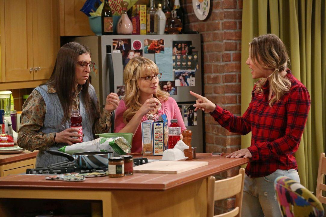 Gute Freunde: Bernadette (Melissa Rauch, M.), Amy (Mayim Bialik, l.) und Penny (Kaley Cuoco, r.) ... - Bildquelle: Warner Brothers Entertainment Inc.