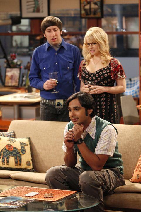 Bernadette (Melissa Rauch, hinten r.) und Howard (Simon Helberg, hinten l.) machen sich Sorgen um Raj (Kunal Nayyar, vorne) - der dem Bann einer Fra... - Bildquelle: Warner Bros. Television