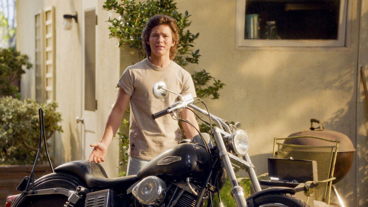 Georgie Cooper (Montana Jordan) - Bildquelle: 2020 Warner Bros. Entertainment Inc. All Rights Reserved