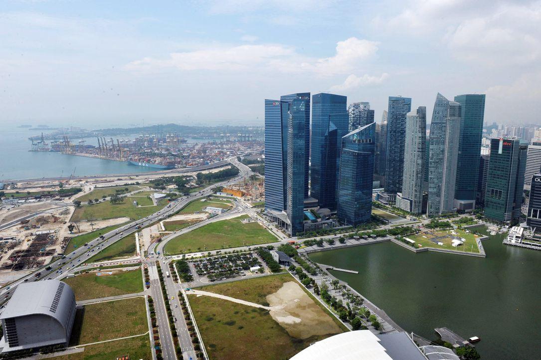 GNTM-Stf09-Epi01-Singapur-Ankunft-33-ProSieben-Oliver-S - Bildquelle: ProSieben/Oliver S.
