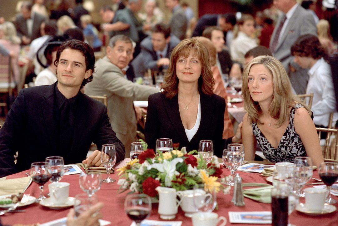 Kommen sich als Familie wieder näher: (v.l.n.r.) Drew (Orlando Bloom), Hollie (Susan Sarandon) und Heather (Judy Greer) ... - Bildquelle: Paramount Pictures