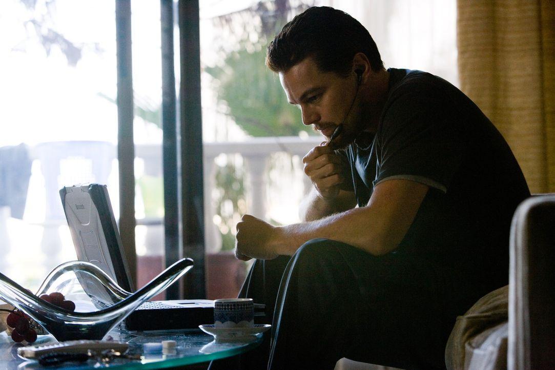 Er ist der beste Mann des US-Geheimdienstes: Doch Roger Ferris' (Leonardo DiCaprio) Leben hängt von einer unpersönlichen Stimme ab, mit der er üb... - Bildquelle: Warner Brothers