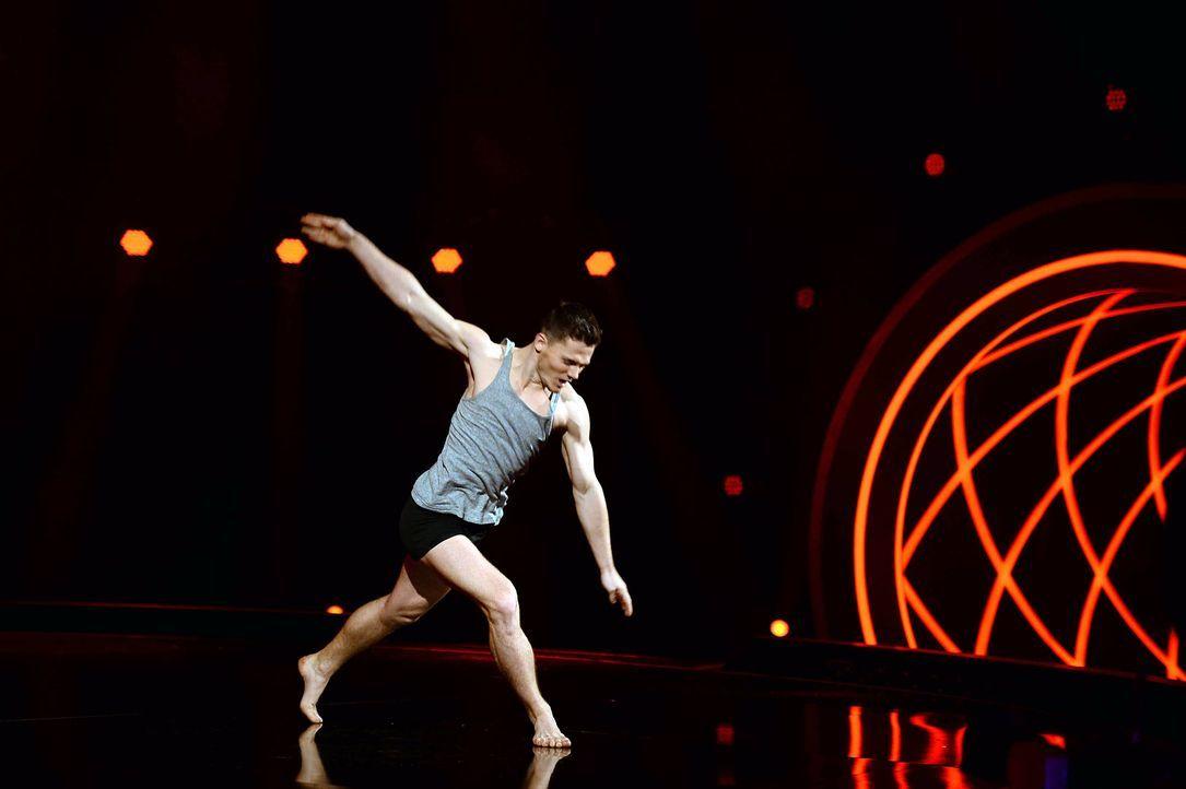 Got-To-Dance-Sergey-03-SAT1-ProSieben-Willi-Weber - Bildquelle: SAT.1/ProSieben/Willi Weber