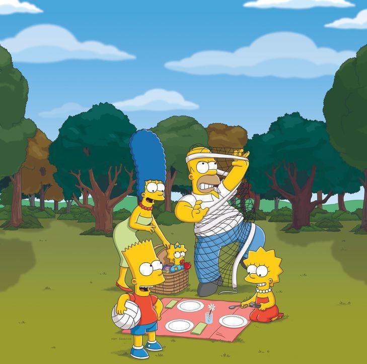 (22. Staffel) - Die Simpsons sind eine nicht alltägliche Familie: Maggie (M.), Marge (2.v.l.), Lisa (r.), Homer (2.v.r.) und Bart (l.) ... - Bildquelle: und TM Twentieth Century Fox Film Corporation - Alle Rechte vorbehalten