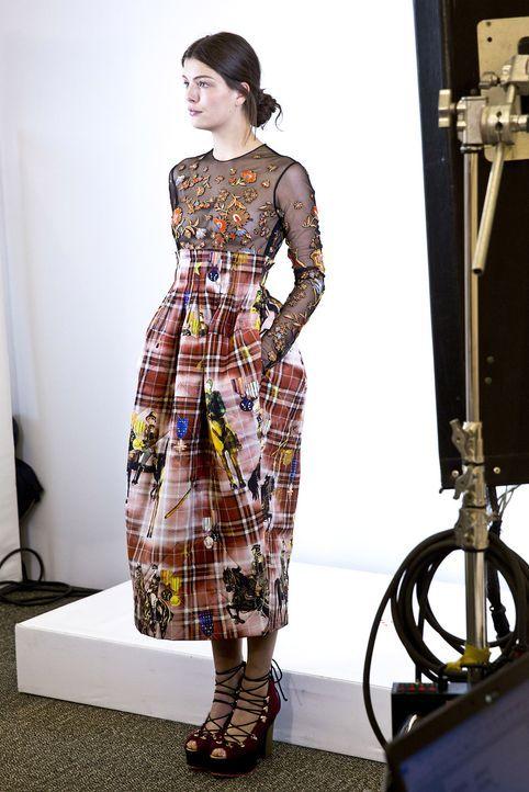 GNTM-Stf10-Epi14-Fashion-Week-Paris-055-Vanessa-ProSieben-Richard-Huebner - Bildquelle: ProSieben/Richard Huebner