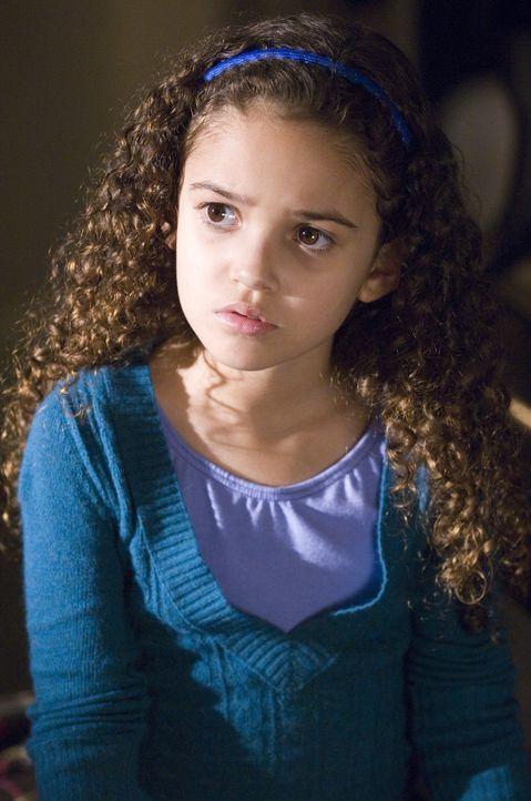 Peyton (Madison Pettis) hat ganz klare Vorstellungen darüber, was ihr Vater machen für sie alles machen soll ... - Bildquelle: Buena Vista International