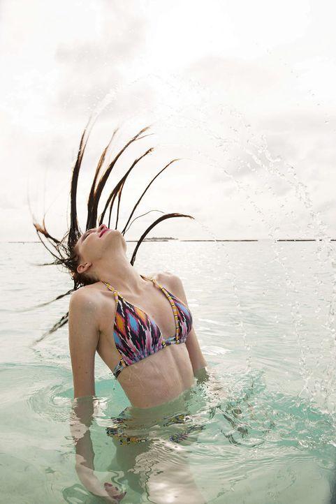 GNTM-Stf10-Epi13-Bikini-Shooting-Malediven-109-Ajsa-ProSieben-Boris-Breuer - Bildquelle: ProSieben/Boris Breuer