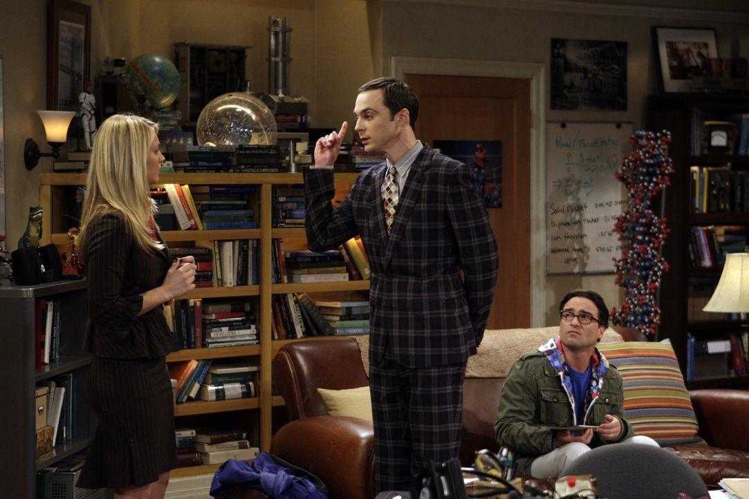 Leonard (Johnny Galecki, r.) wird Zeuge, als Sheldon (Jim Parsons, M.) Penny (Kaley Cuoco, l.) heftige Vorwürfe, da er wegen ihr eine rote Ampel ü... - Bildquelle: Warner Bros. Television