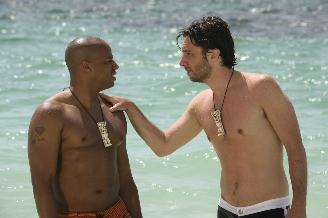 Während Elliott sich von J.D. (Zach Braff, r.) wünscht, dass er sich bei den Liebesschwüren mehr Mühe gibt, erhofft sich Turk (Donald Faison, l.... - Bildquelle: Touchstone Television