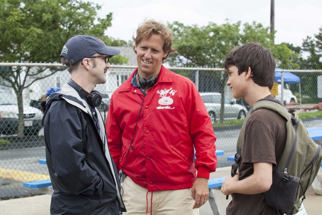 Während der Dreharbeiten: (v.l.n.r.) Regisseur Jim Rash mit Nat Faxon und Liam James ... - Bildquelle: 2013 Twentieth Century Fox Film Corporation.  All rights reserved.