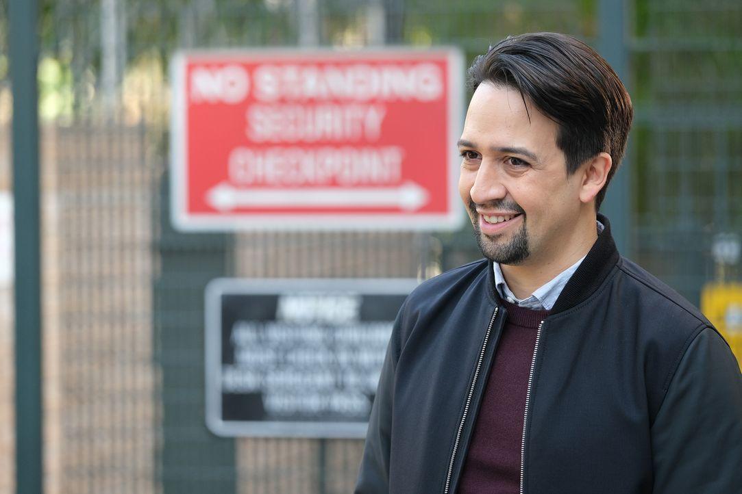 David Santiago (Lin-Manuel Miranda) - Bildquelle: Tyler Golden 2019 UNIVERSAL TELEVISION LLC. All rights reserved. / Tyler Golden