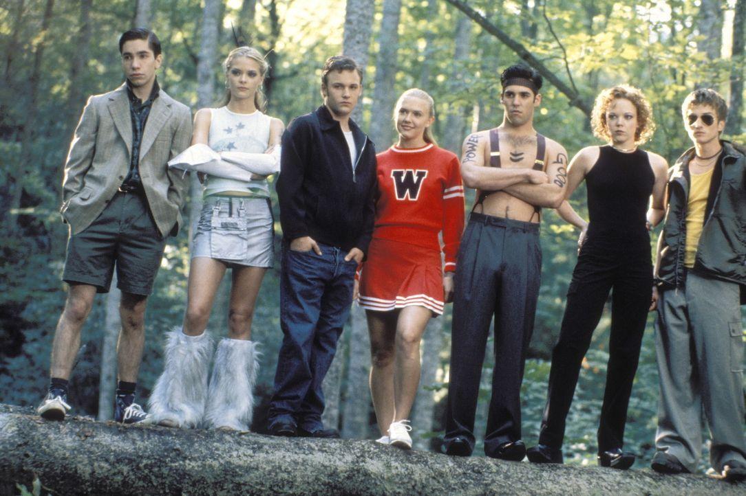 Zusammen mit Chief Oberon betreuen (v. l. n. r.) Donald (Justin Long), Pixel (Jaime King), Wichita (Brad Renfro), Wendy (Dominique Swain), Adam (Jor... - Bildquelle: Warner Brothers