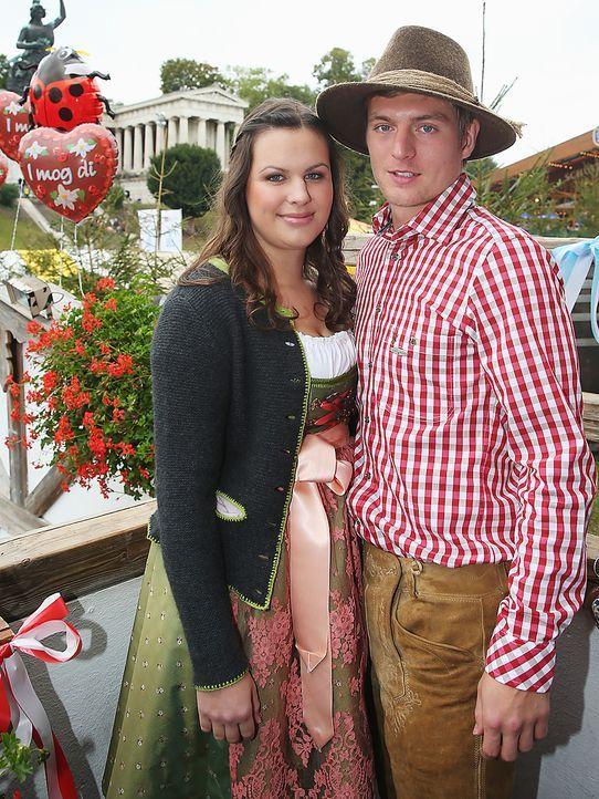 Toni-Kroos-oktoberfest-wiesn-13-10-06-dpa - Bildquelle: dpa