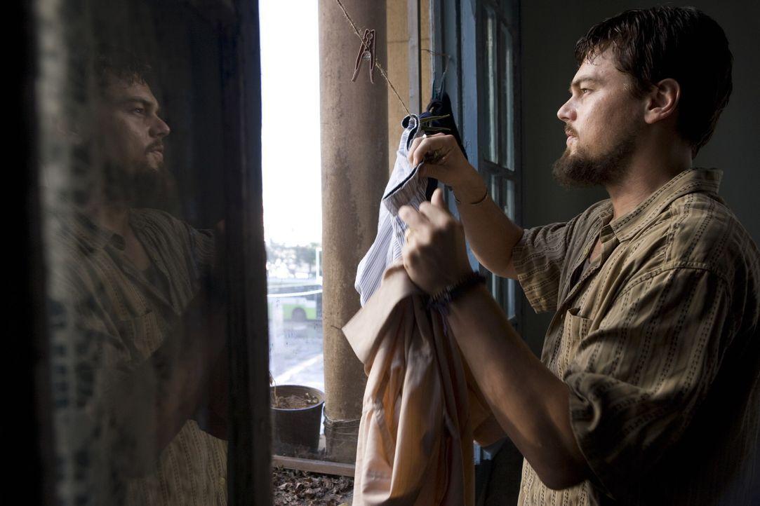 Um an Informationen über die Terrororganisation von Scheich Al-Saleem zu kommen, schließt CIA-Agent Roger Ferris (Leonardo DiCaprio) ein Bündnis... - Bildquelle: Warner Brothers