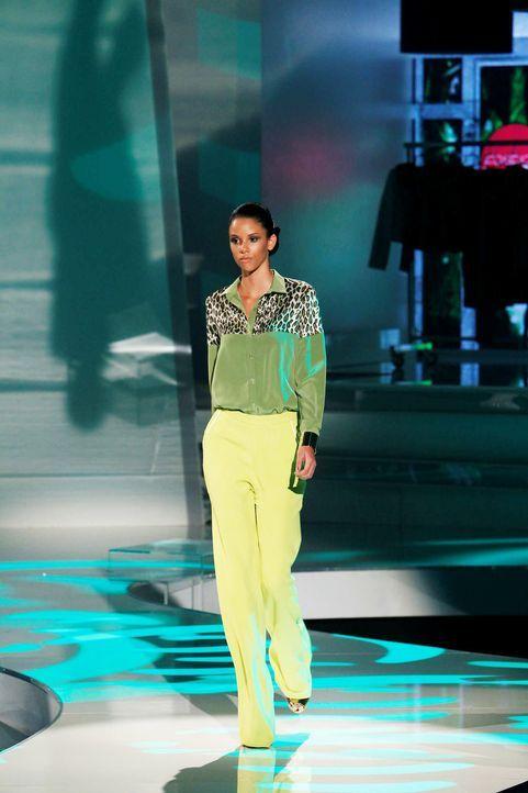 Fashion-Hero-Epi04-Gewinneroutfits-Timm-Suessbrich-Karstadt-01-Richard-Huebner - Bildquelle: Richard Huebner