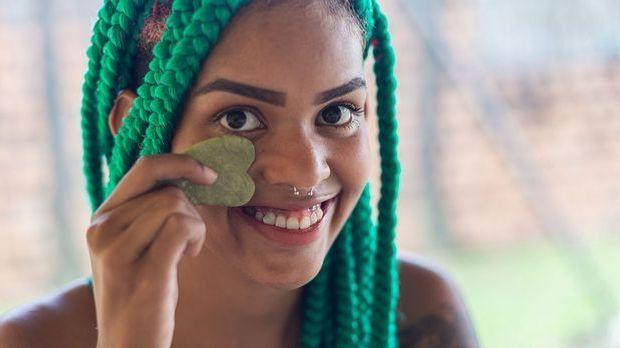 BeautyTrend Gua Sha: Wie genau funktioniert die Beauty-Behandlung mit Gua Sha...