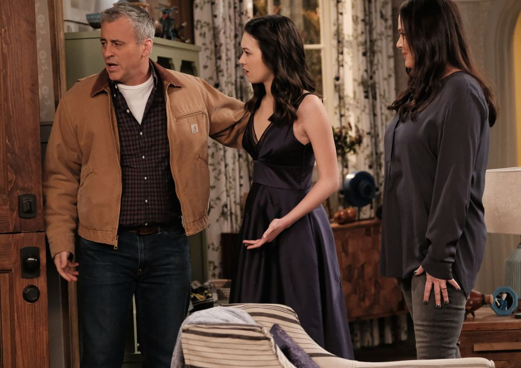 (v.l.n.r.) Adam Burns (Matt LeBlanc); Kate Burns (Grace Kaufman); Andi Burns (Liza Snyder) - Bildquelle: Eddy Chen 2017 CBS Broadcasting, Inc. All Rights Reserved. / Eddy Chen