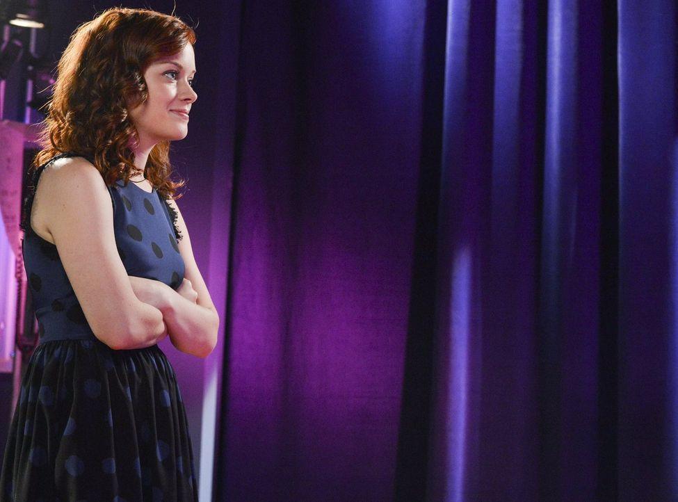 Entdeckt ihre soziale Ader: Tessa (Jane Levy) ... - Bildquelle: Warner Brothers