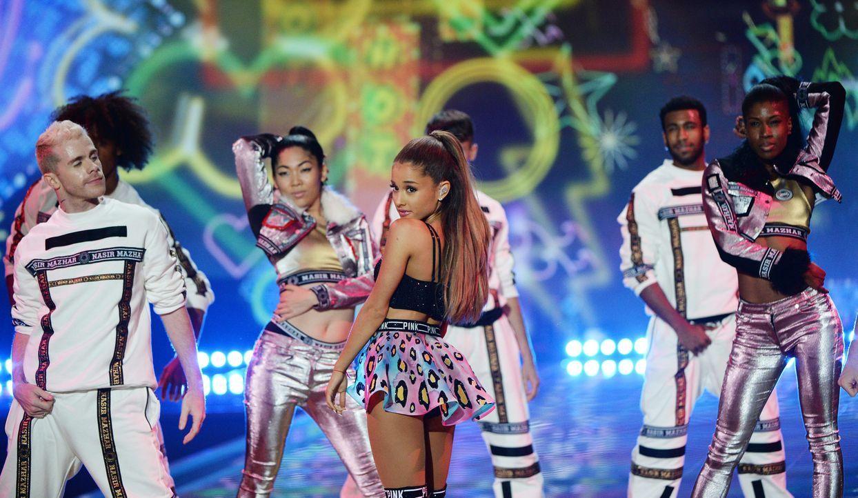 Ariana-Grande-14-12-02-dpa - Bildquelle: dpa