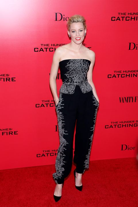 Catching-Fire-Premiere-NY-Elizabeth-Banks-13-11-20-Andres-Otero-WENN-com - Bildquelle: Andres Otero/WENN.com