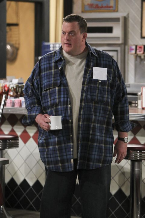 Weiß nicht, was mit seiner Frau gerade los ist: Mike (Billy Gardell) ... - Bildquelle: Warner Brothers