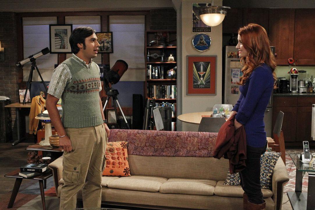Haben Raj (Kunal Nayyar, l.) und Emily (Laura Spencer, r.) eine gemeinsame Zukunft vor sich? - Bildquelle: Warner Brothers