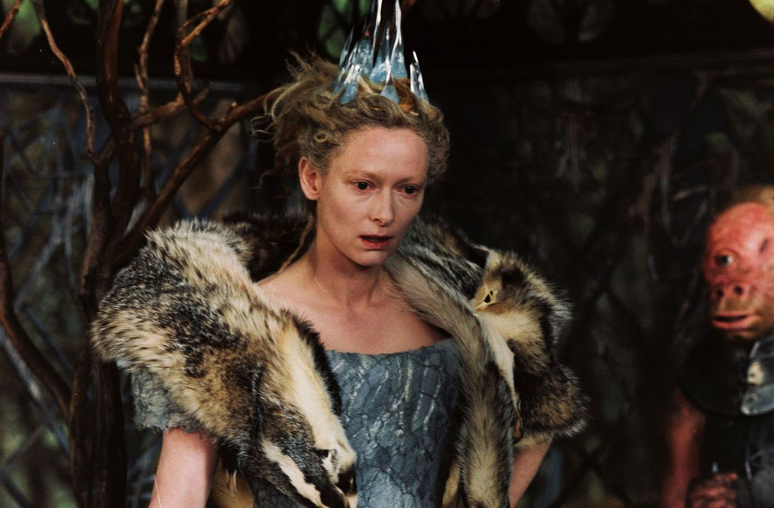 Aufgrund des Fluches der weißen Hexe Jadis (Tilda Swinton) herrscht in Narnia ewiger Winter ... - Bildquelle: Disney Enterprises. All rights reserved