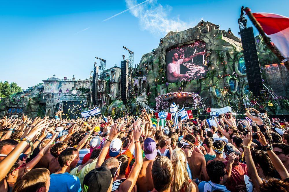 4 Tomorrowland - Bildquelle: JONAS ROOSENS / BELGA / AFP