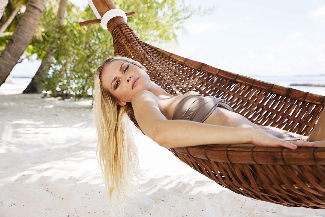 GNTM-Stf10-Epi13-Bikini-Shooting-Malediven-08-Darya-ProSieben-Boris-Breuer-TEASER - Bildquelle: ProSieben/Boris Breuer