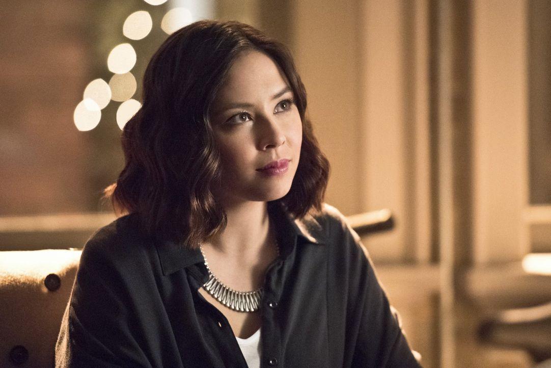 Ein gefährlicher Plan geht gehörig schief und lässt Linda (Malese Jow) schließlich sogar in die Hände des Feindes fallen ... - Bildquelle: 2015 Warner Brothers.