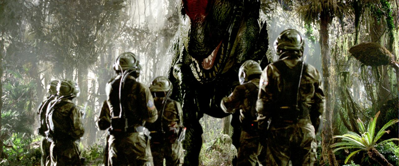 """2055: Reichen Abenteurern bietet die Firma """"Time Safari Inc."""" ein ganz besonderes Schmankerl: prähistorische Dinosaurier-Jagden. Damit der Verlauf... - Bildquelle: ApolloMedia"""