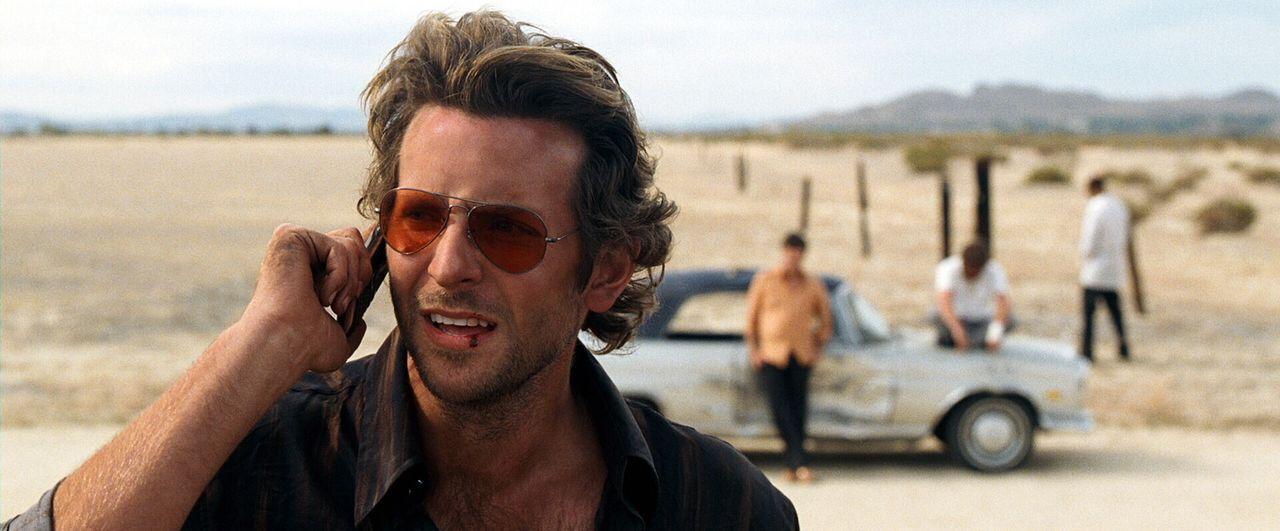Ein unvergesslicher Junggesellenabschied: Phil (Bradley Cooper) ... - Bildquelle: Warner Brothers