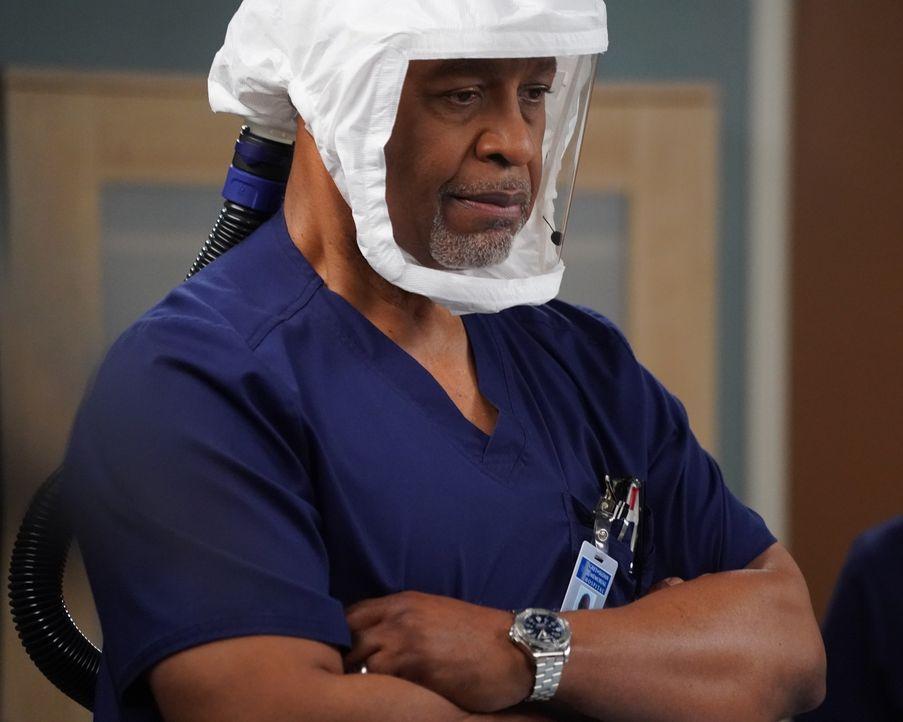 Dr. Richard Webber (James Pickens Jr.) - Bildquelle: Richard Cartwright 2021 American Broadcasting Companies, Inc. All rights reserved. / Richard Cartwright