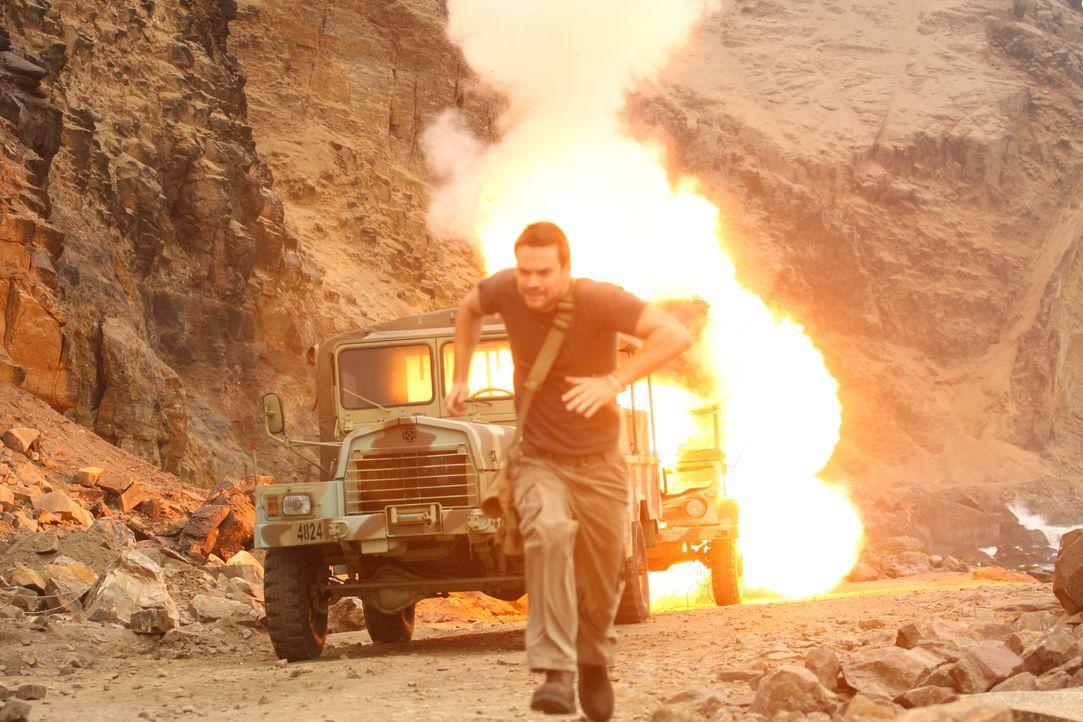 Seine Expedition wird zur tödlichen Jagd, als er vom mysteriösen Söldner Oberst Sam Grissom verfolgt wird: Jack Wilder (Shane West) ...