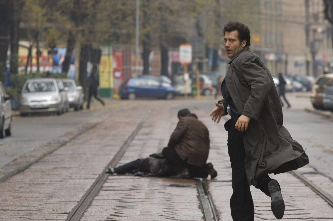 Egal, welchen Hebel Interpol-Agent Louis Salinger (Clive Owen) auch immer ansetzt, die von ihm verfolgte Bank ist einen Schritt voraus. Zeugen sterb... - Bildquelle: 2009 Columbia Pictures Industries, Inc. and Beverly Blvd LLC. All Rights Reserved.