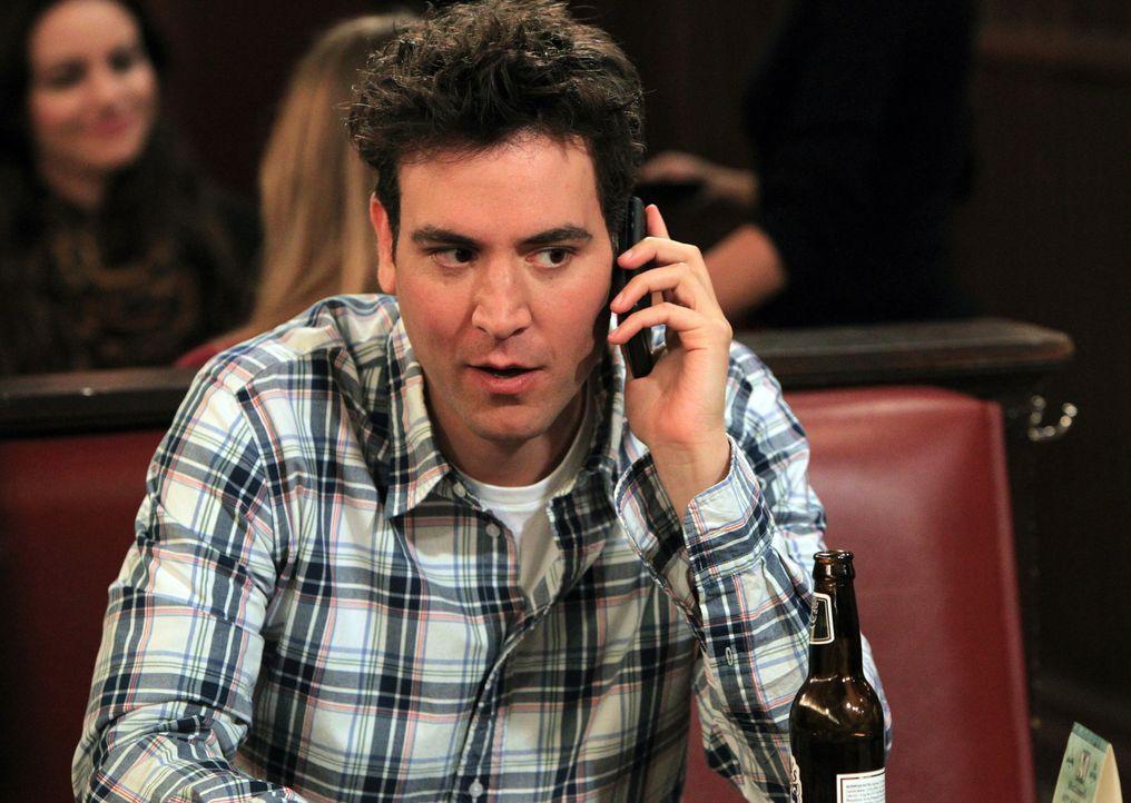 Nimmt wieder Kontakt zu seiner Ex-Freundin Victoria auf: Ted (Josh Radnor) ... - Bildquelle: 20th Century Fox International Television
