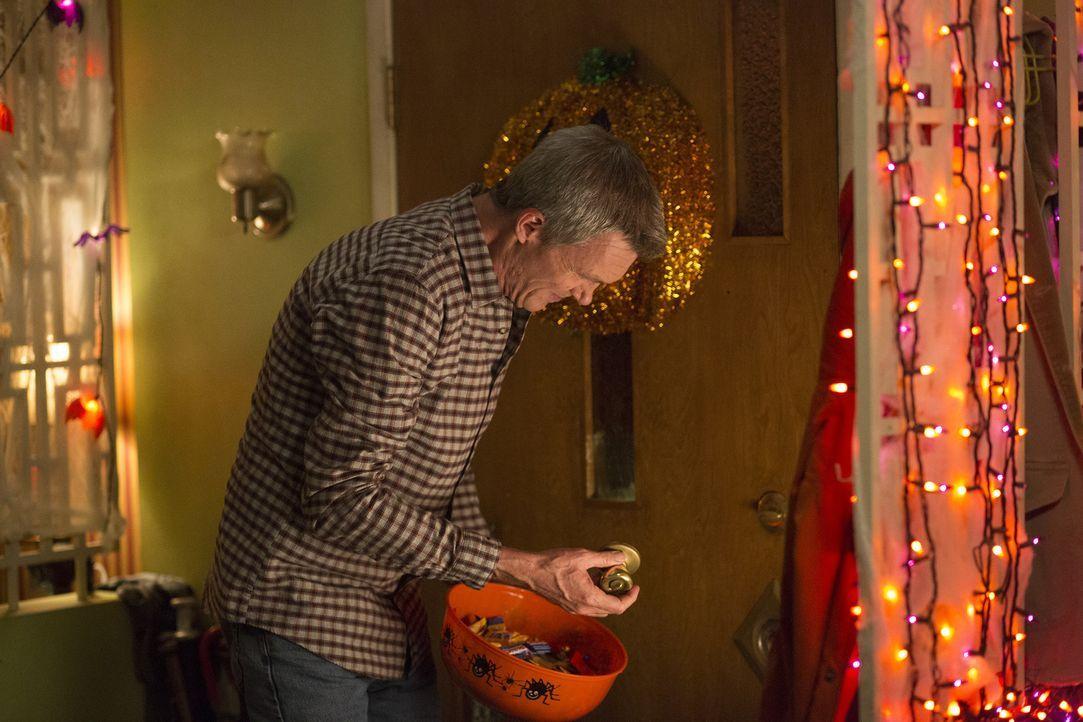 Auf Mike (Neil Flynn) warten zu Halloween einige unliebsame Überraschungen ... - Bildquelle: Michael Ansell 2017 American Broadcasting Companies, Inc. All rights reserved./Michael Ansell